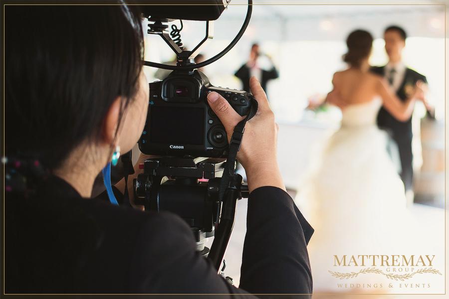 Tradycyjne wideo z wesela czy teledysk ślubny? Co wybrać?