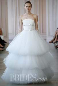 oscar-de-la-renta-wedding-dresses-spring-2016-023